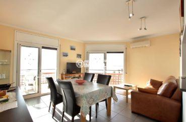 appartement a vendre a rosas, ref.3839, salon / salle à manger accès à la terrasse