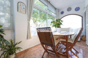 agence immobiliere empuriabrava: villa ref.3828, coté salle à manger d'été