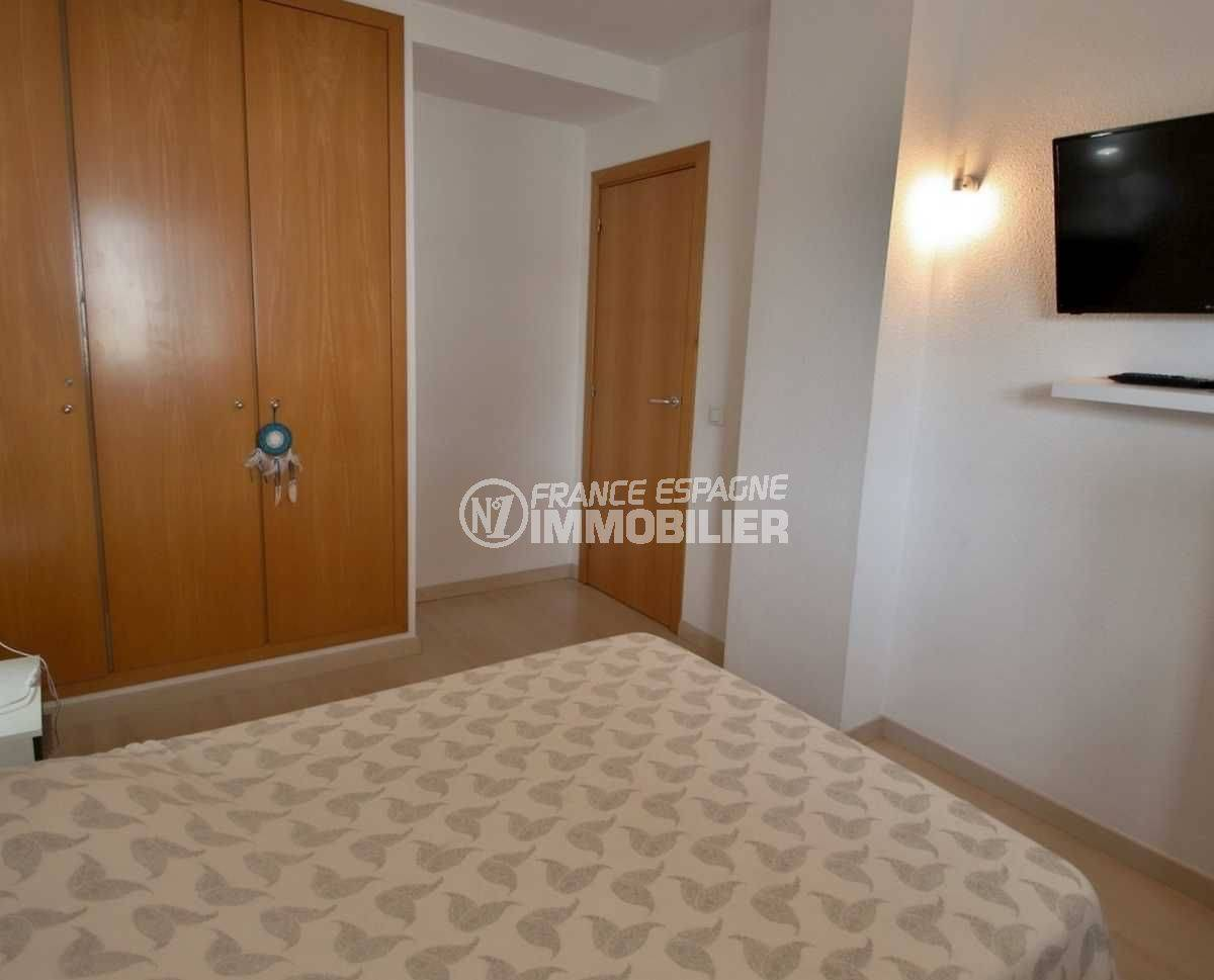 immo roses espagne: appartement ref.3813, chambre avec placards