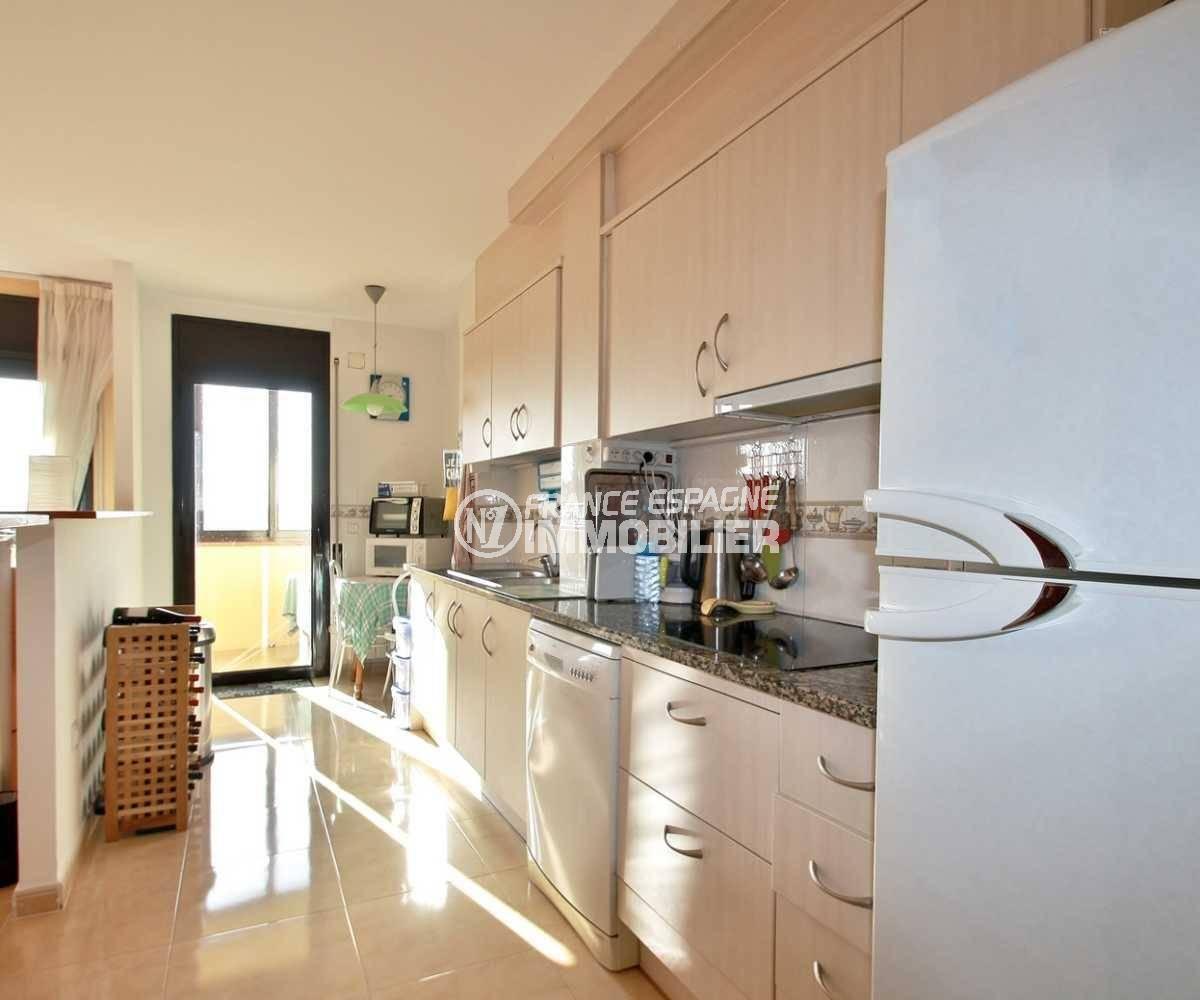 vente immobilier costa brava: ref.3823, cuisine aménagée avec accès terrasse véranda