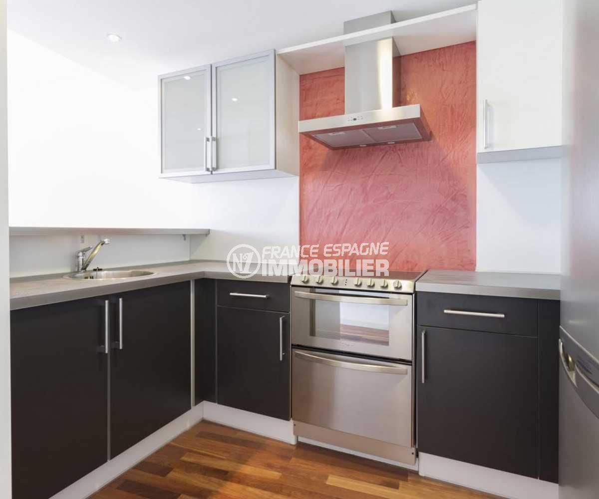 appartement a vendre rosas, ref.3826, cuisine américaine équipée, multiples rangements