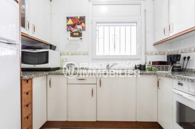 achat villa empuriabrava, ref.3832, cuisine indépendante équipée