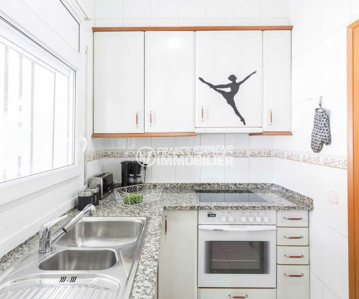 vente villa empuriabrava, ref.3832, cuisine équipée avec nombreux rangements