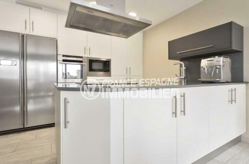 achat villa empuriabrava, ref.3827, cuisine américaine ouverte sur le séjour