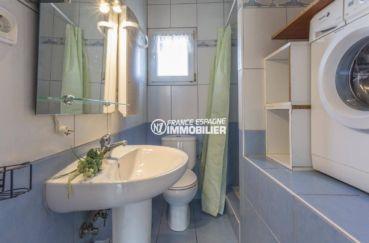 maison a vendre espagne, ref.3834, salle d'eau: douche, lavabo, wc et rangements