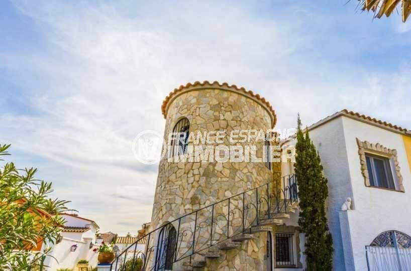 agences immobilieres empuriabrava: villa ref.3832, appartement indépendant dans la tour mitoyenne
