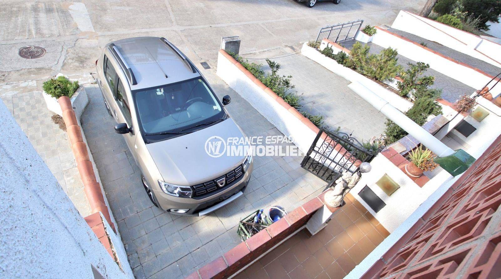 maison costa brava, ref.3815, parking privé sur cour
