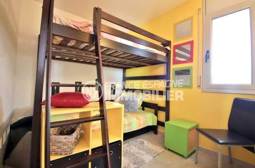 vente immobiliere rosas espagne: appartement ref.3812, chambre 2 avec lits superposés