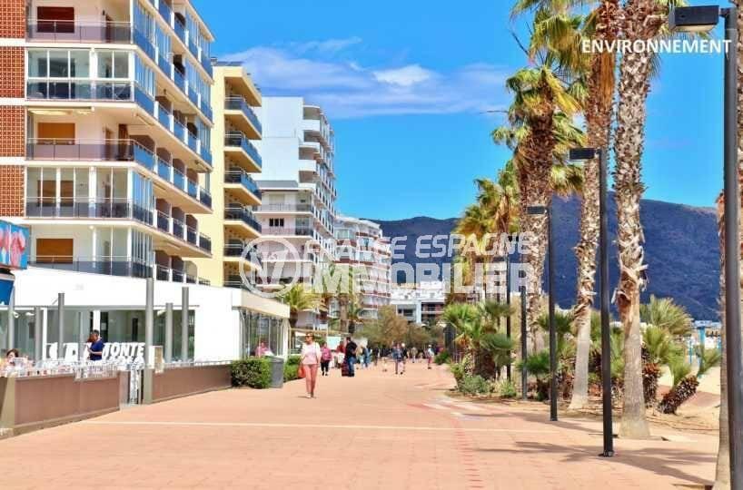 appartement roses, ref.3839, promenade près de la plage à proximité