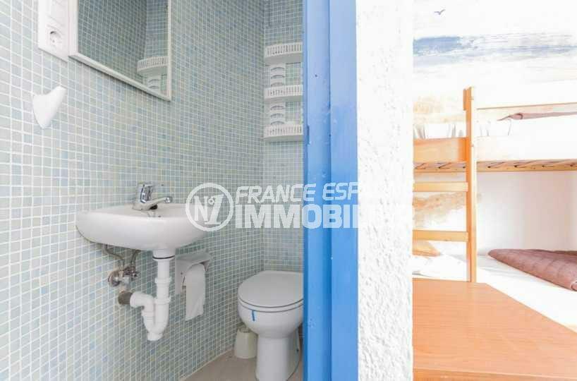 acheter maison costa brava, ref.3832, coin toilettes accolé à la chambre (appartement indépendant)