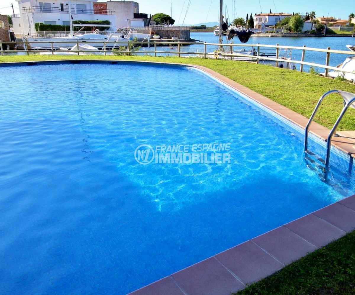 la costa brava: appartement ref.3812, grande piscine résidencielle