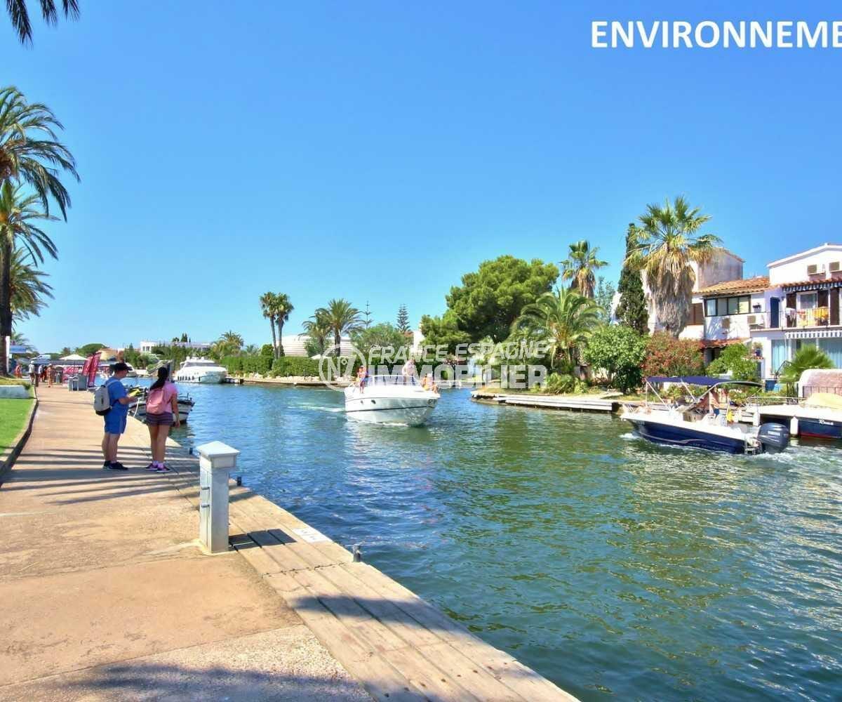 vente immobilier costa brava: villa ref.3832, promenade le long d'un canal d'empuriabrava aux alentours