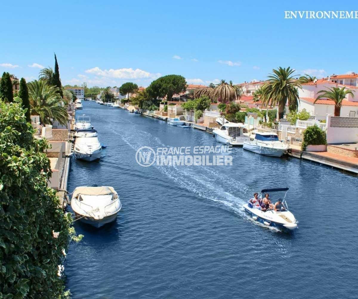 maison a vendre espagne catalogne, ref.3832, activités nautiques sur les canaux d'empuriabrava alentour