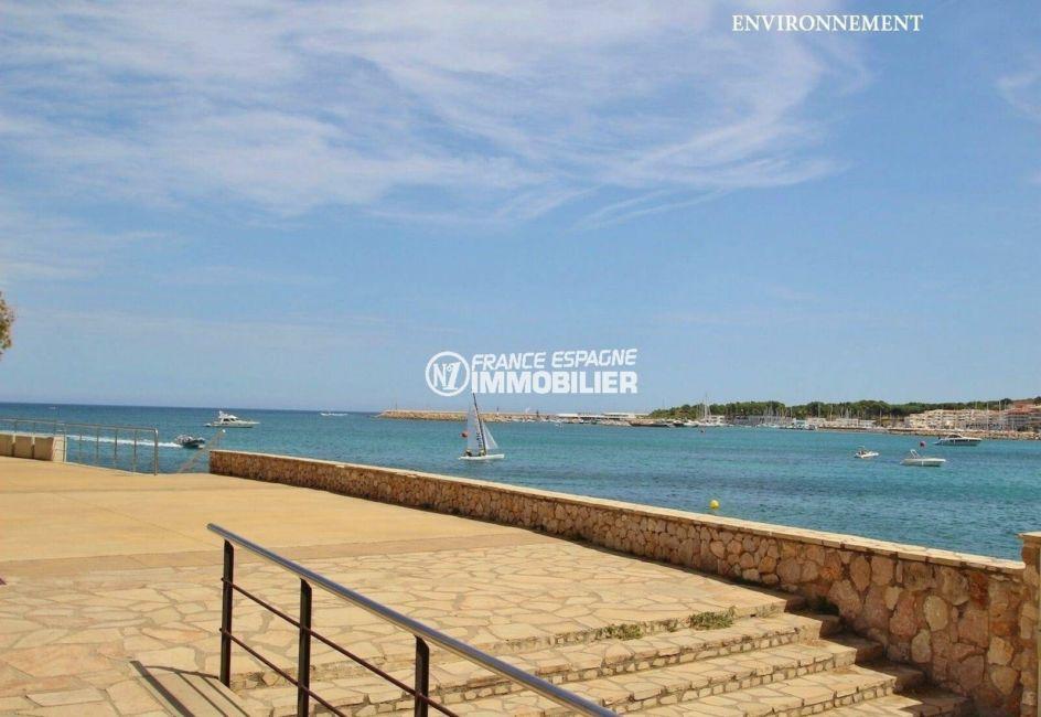 immobilier costa brava bord de mer: ref.3818, escalier qui dessert la plage à proximité
