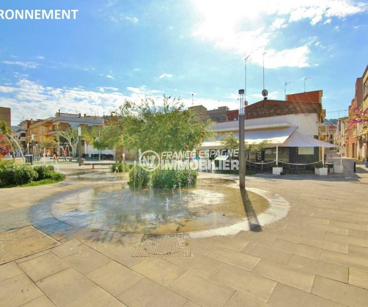 immo center roses: terrain 843 m² à vendre, ref.3821, proche commerces et plage