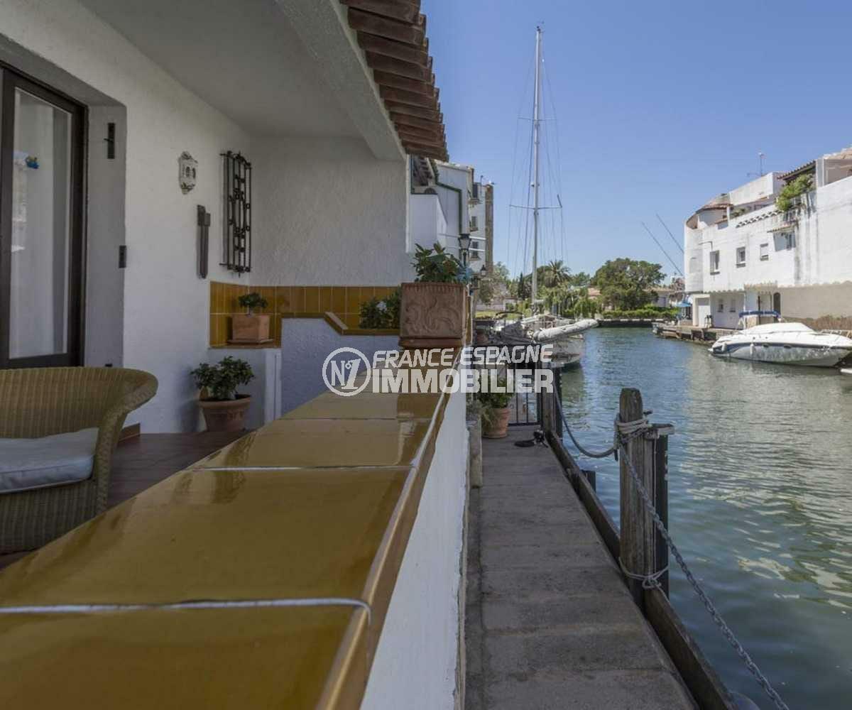 immobilier ampuriabrava: villa ref.3830, amarre 7 m sur le canal