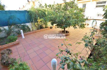 immobilier costa brava: villa ref.3841, grand patio au rez-de-chaussée