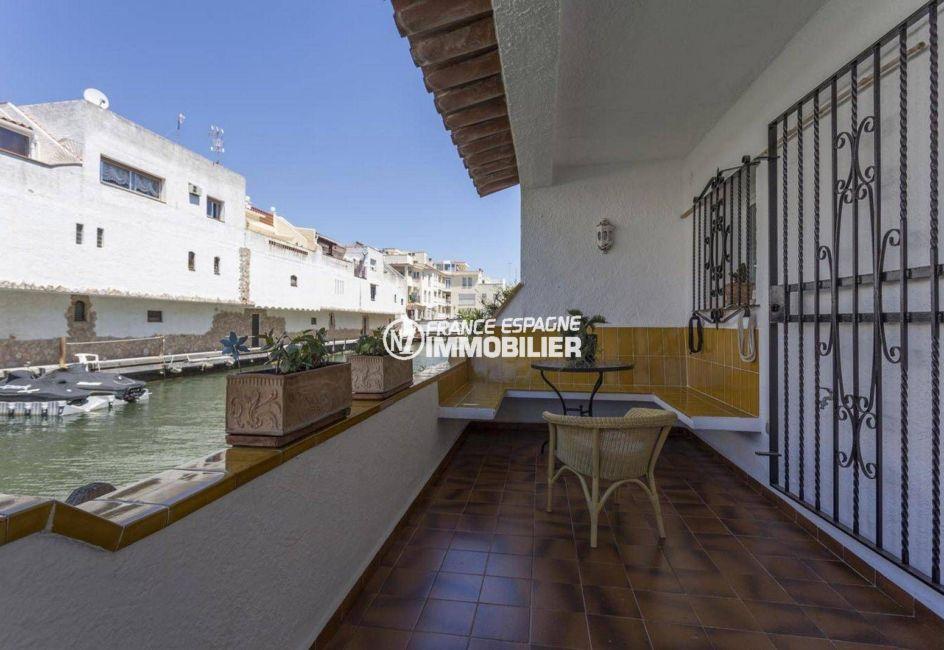 immobilier empuria brava: villa ref.3830, 3 terrasses vue canal, amarre 7 m