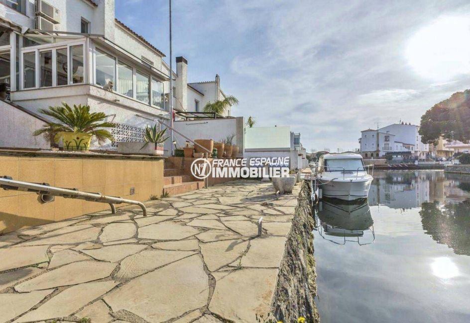 immobilier empuria brava: villa ref.3831, amarre 5 m sur le canal