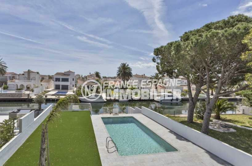 immobilier costa brava: villa ref.3825, superbe piscine sur jardin 540 m² au bord du canal