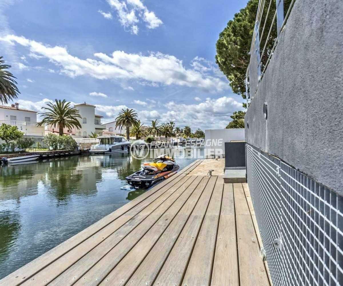 immobilier empuria brava: villa ref.3825, avec amarre 12,5 m sur le canal