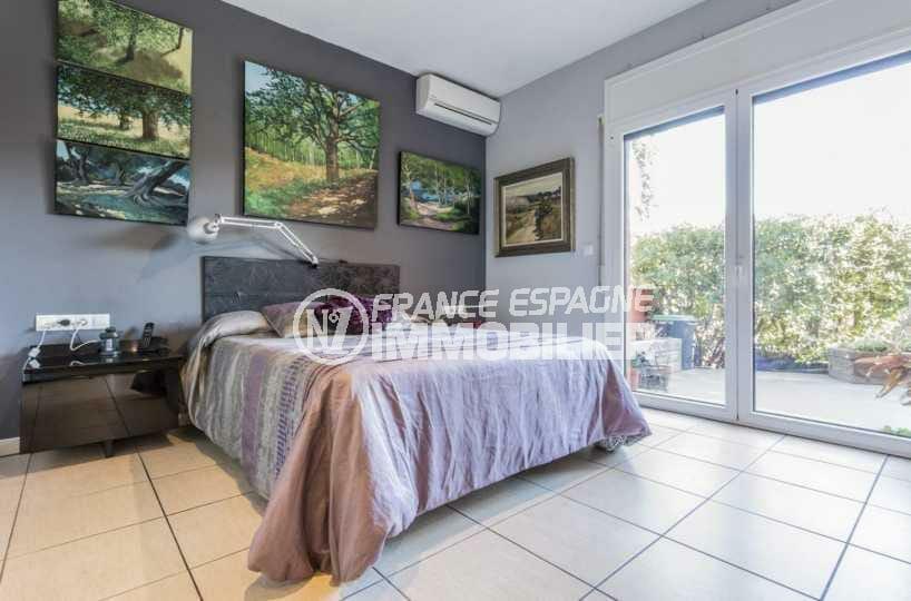 agence immo empuriabrava: villa ref.3835, suite parentale au rez de chaussée, accès jardin