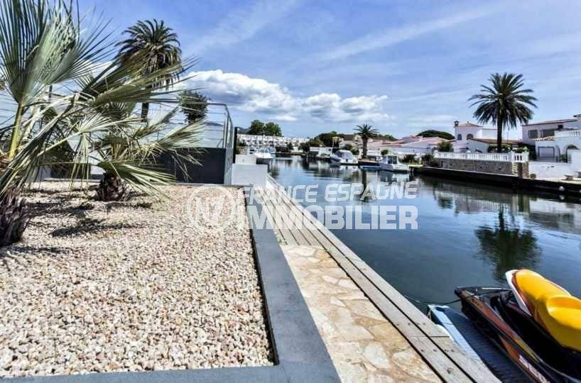 agence immo empuriabrava: villa ref.3825, vue canal depuis la terrasse