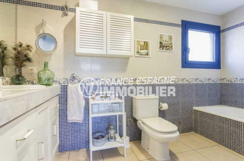 immo espagne costa brava: villa ref.3835, salle de bains de la suite parentale au rez-de-chaussée