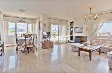 agence immobiliere empuriabrava: appartement ref.3829, 187 m² construits, vaste salon lumineux