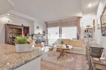 maison a vendre empuria brava, ref.3831, vue séjour depuis le bar de la cuisine ouverte