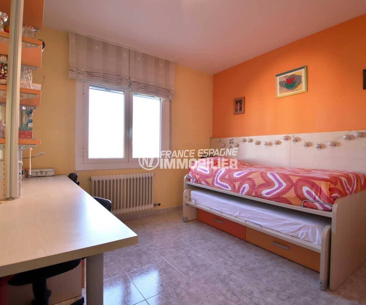 vente maison rosas espagne, ref.3841, seconde chambre, avec lits enfants superposés