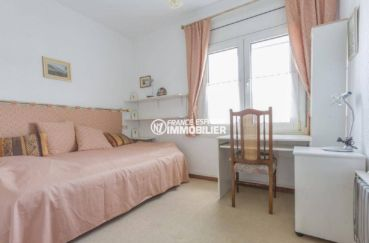 vente villa empuriabrava, ref.3831, seconde chambre avec lit / canapé