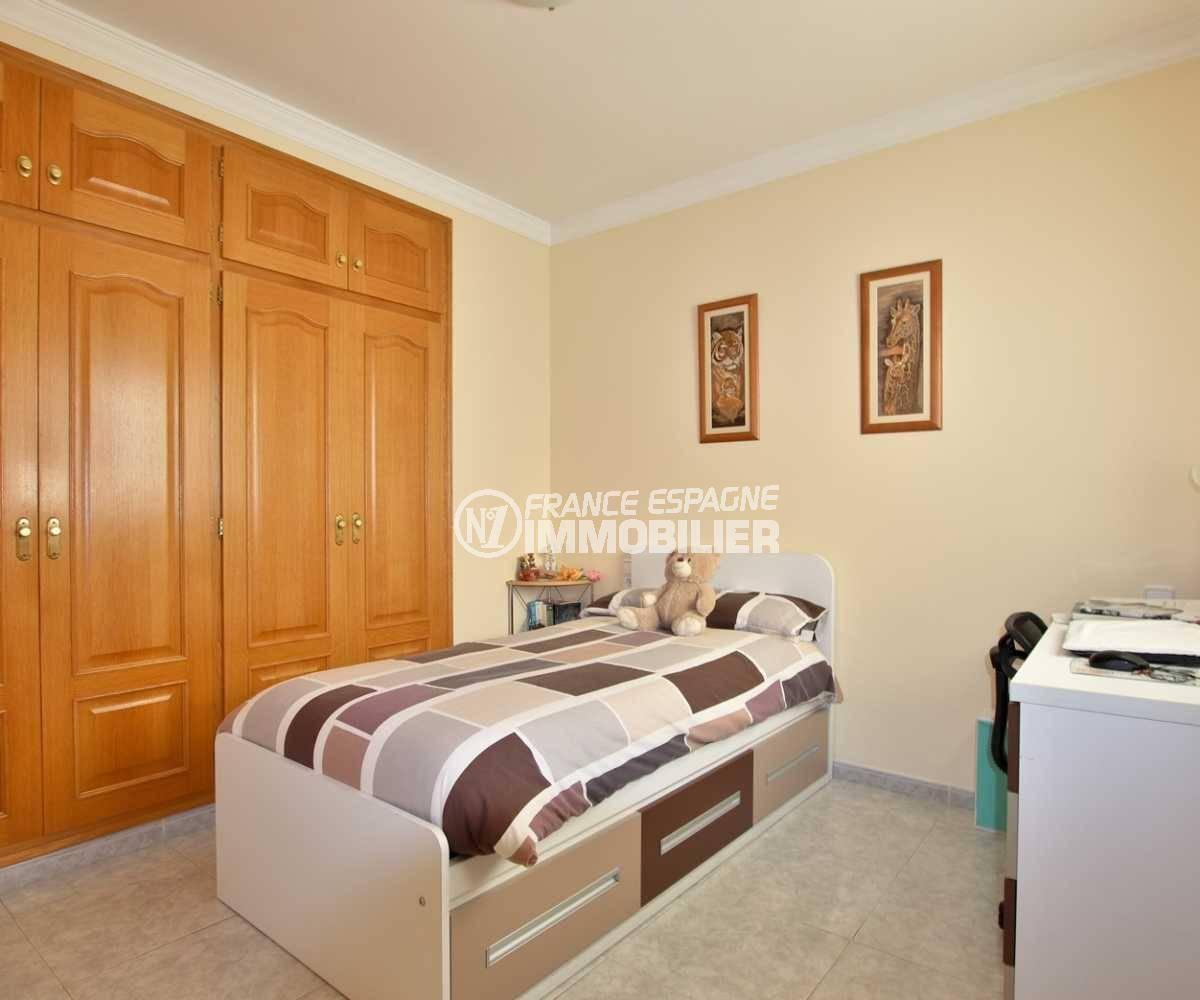 vente maison rosas espagne, ref.3840, troisième chambre avec un lit simple