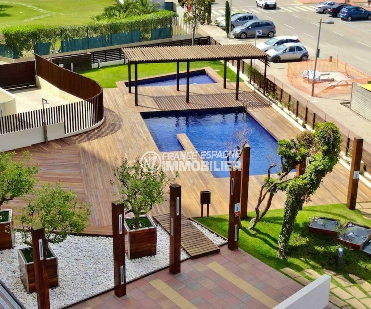 agences immobilieres empuriabrava: appartement ref.3843, aperçu piscines et jardin de la résidence