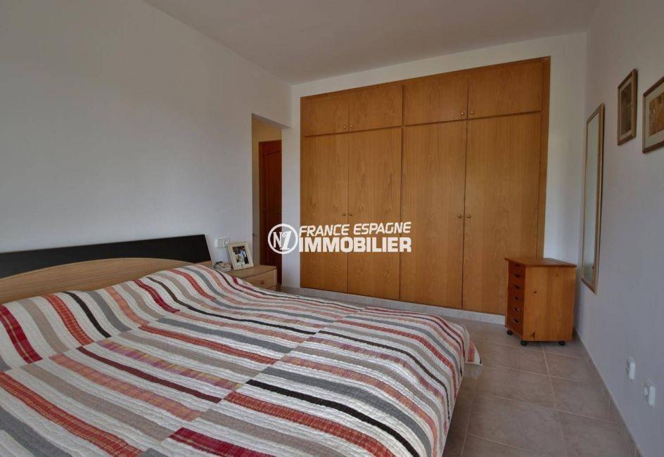 achat maison espagne costa brava, ref.3847, suite parentale avec lit double et dressing