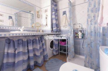 agence immobilière costa brava: appartement ref.3829, salle d'eau numéro 3 au deuxième étage