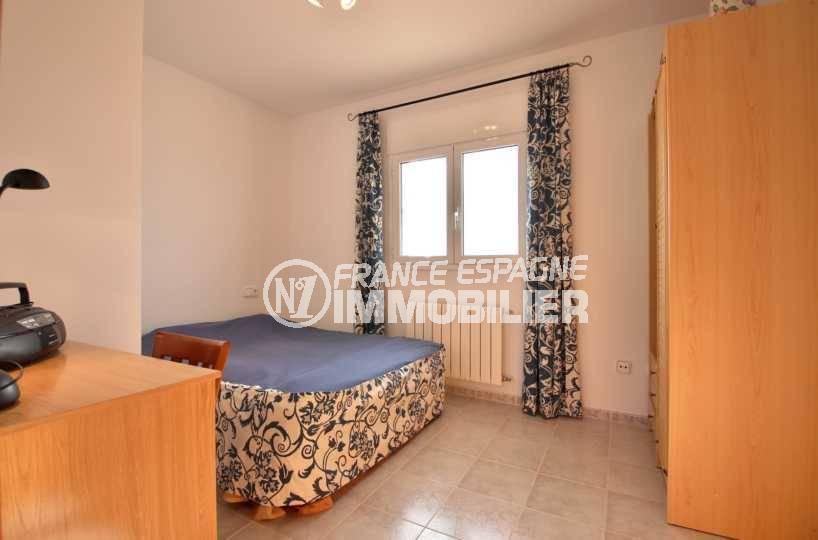 achat immobilier costa brava: villa ref.3847, troisième chambre: lit double et placards