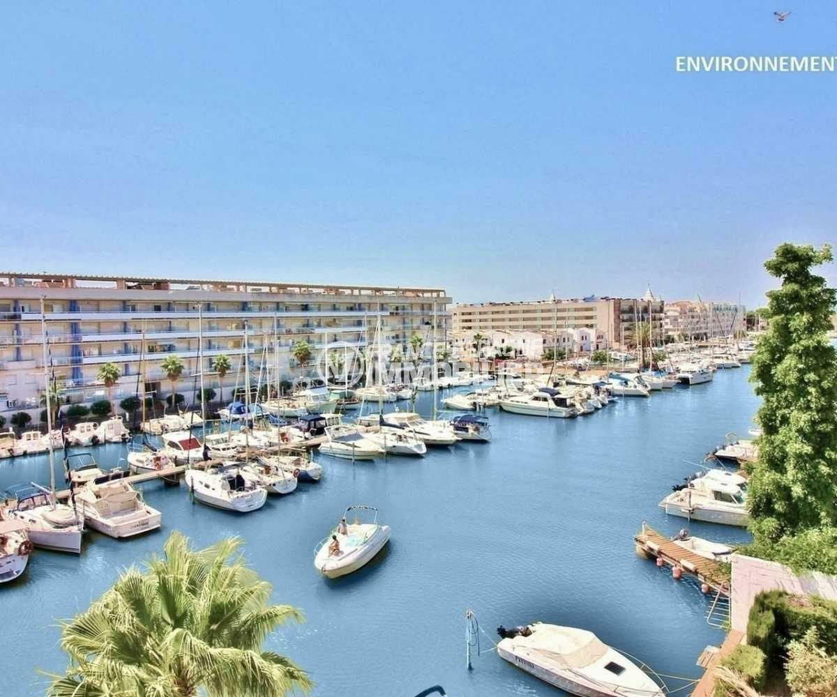appartement costa brava, ref.3845, vue sur le port de plaisance à proximité