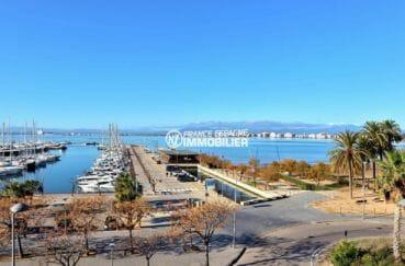 immo roses: appartement 112 m², vue sur la mer et le port de plaisance depuis la terrasse