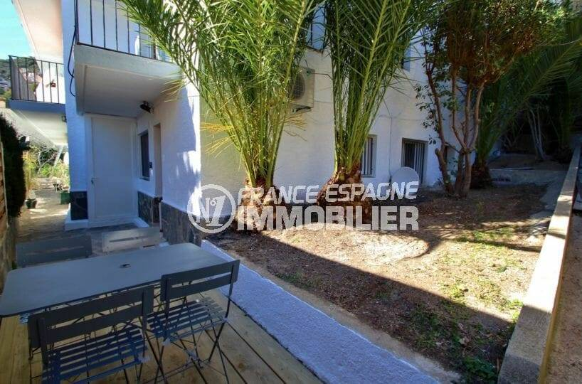 appartement a vendre rosas, 31 m² terrasse en copropriété, parking privé, proche plage