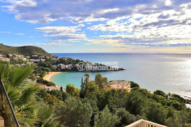 maison a vendre rosas, vue mer imprenable, terrasse solarium, piscine et parking, plage 600 m