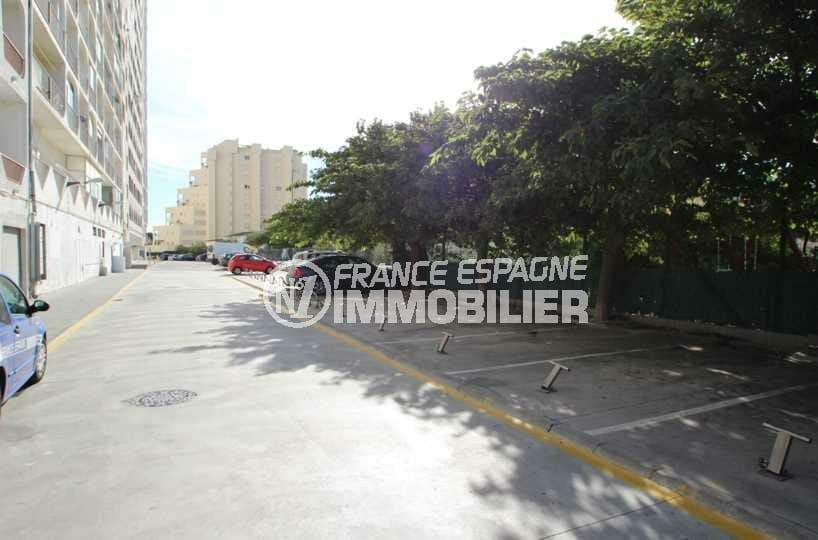 agence immo empuriabrava: vend places de parking à 50 m de la plage, ref.2761