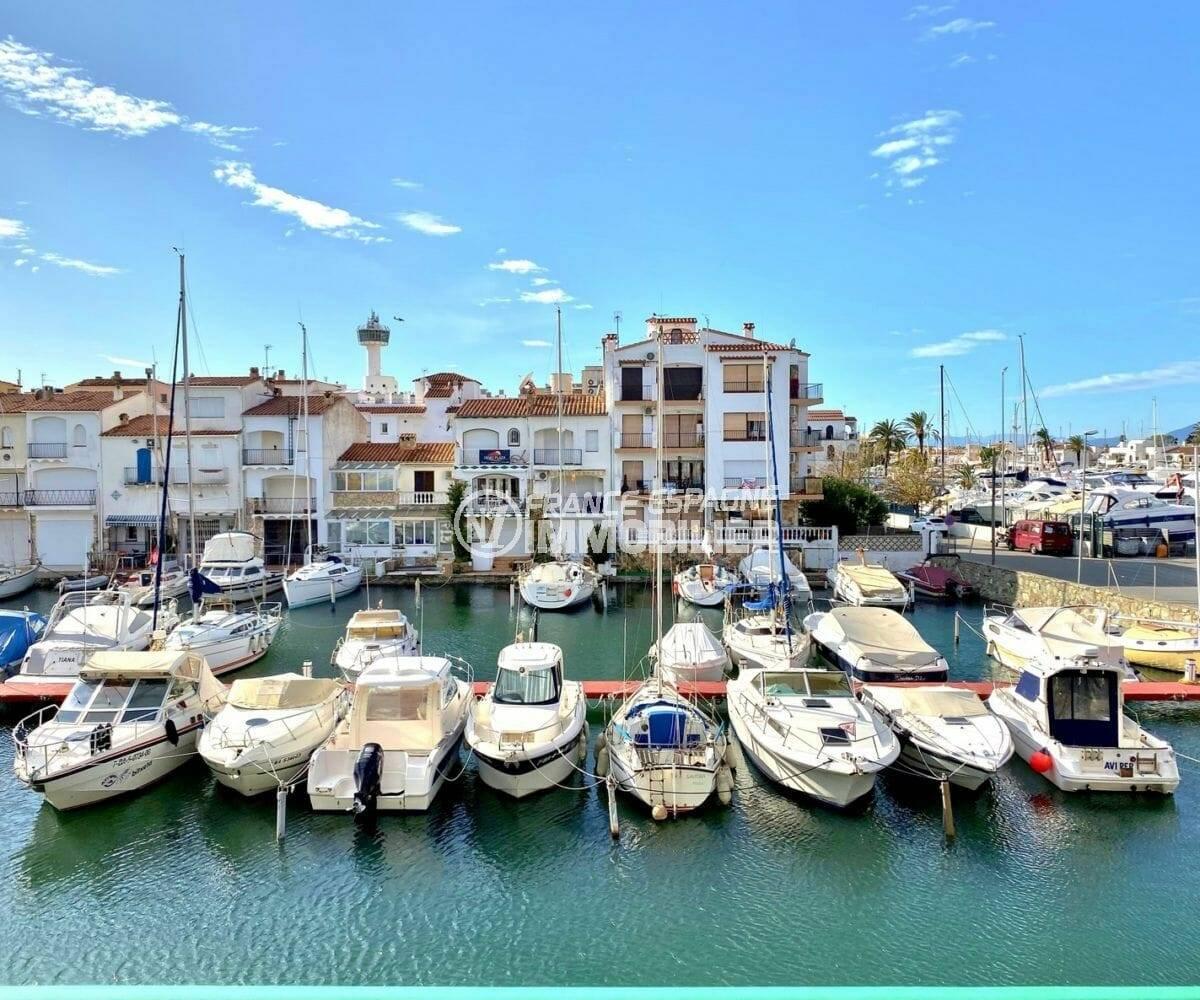 immobilier empuria brava: vue sur la marina depuis la terrasse de l'appartement ref.3857