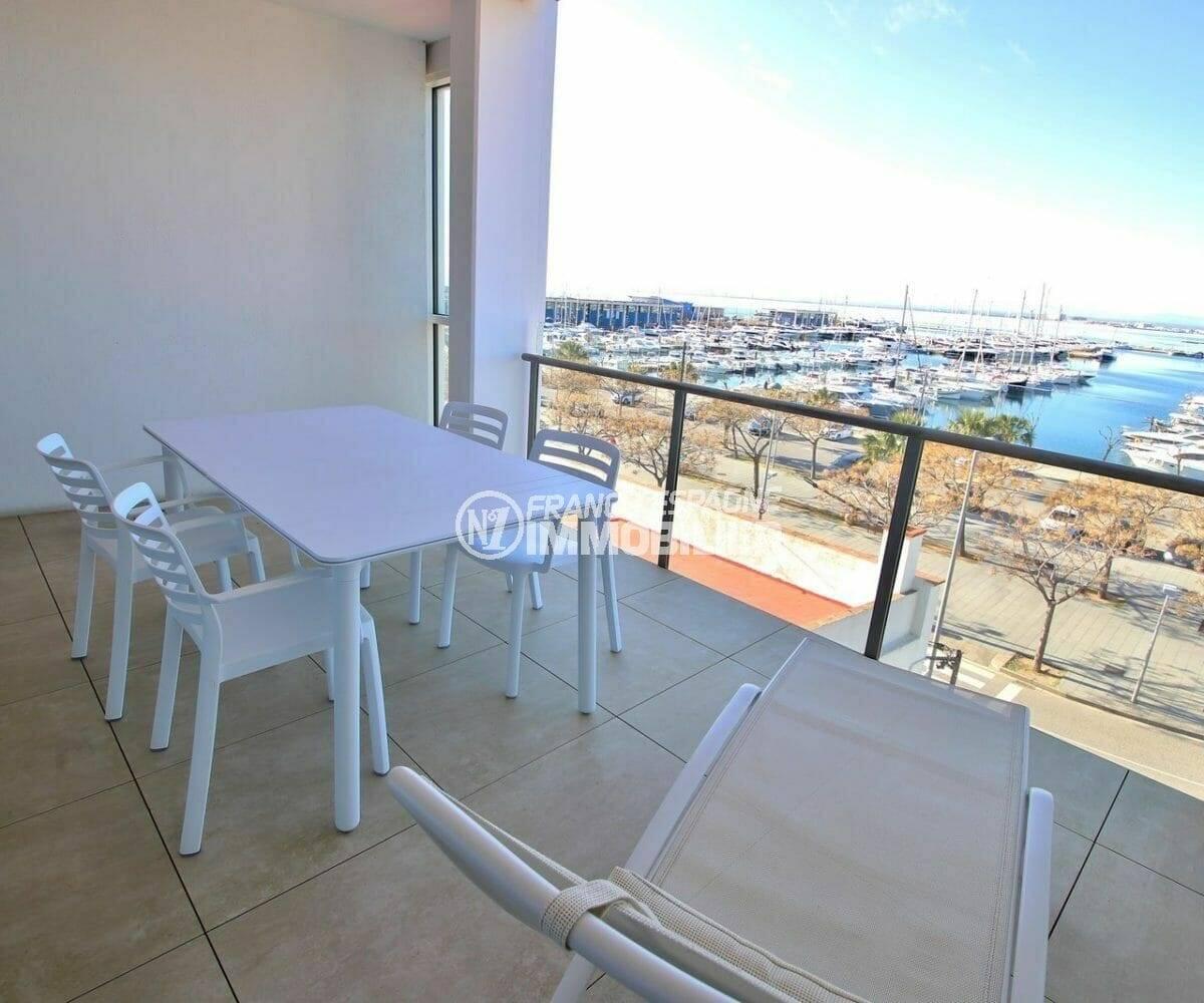 Appartement Roses vue mer/port plaisance