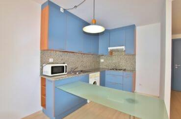 appartement à vendre rosas, 67 m² résidence avec piscine, cuisine américiane aménagée