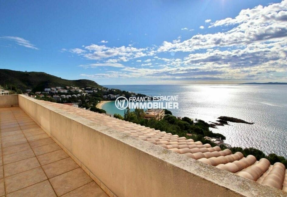 agence immobilière costa brava: villa 285 m², terrasse solarium avec vue mer imprenable