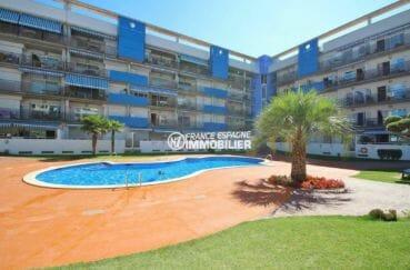 agence immobiliere costa brava: appartement ref.3862, vue de la résidence avec piscine