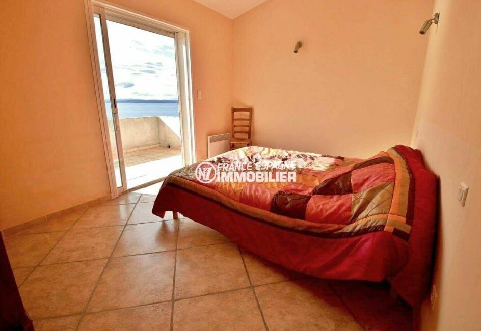 achat rosas espagne: villa 285 m², troisième chambre avce lit double accès terrasse
