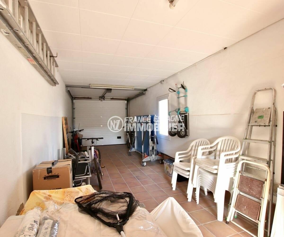 maison a vendre espagne costa brava, ref.3854, long garage pour 2 voitures