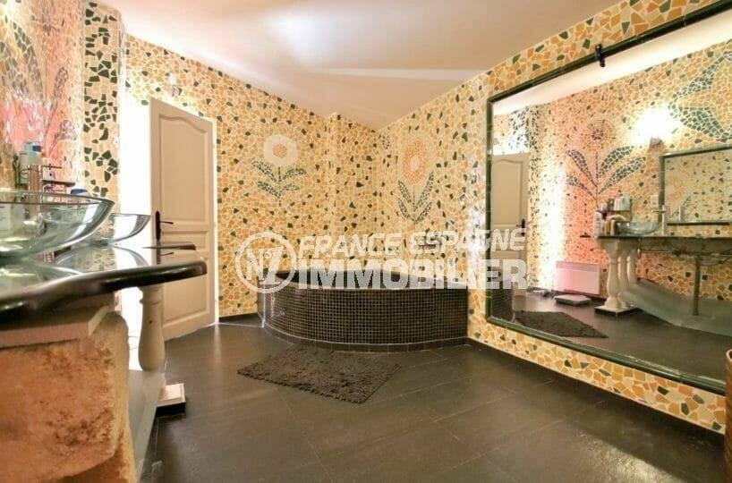 vente villa rosas, terrain 964 m², salle de bains avec baignoire, douche, vasque et wc